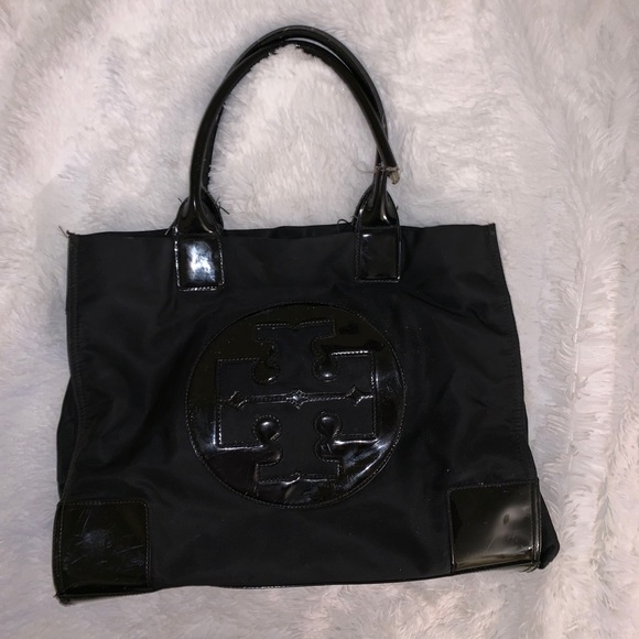 f7bfe664ecf5 TORY BURCH ELLA TOTE LARGE. M 5c71ed03534ef9afb042812a. Other Bags ...